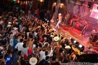 Carlos Loubet apaixona multidão na Estância Nativa Sertaneja