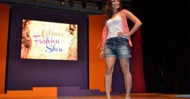 carol castro Shopping Colinas Fashion Show 2011