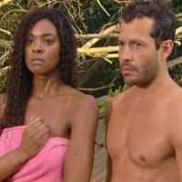 A cena de Dagmar (Cris Vianna) tomando banho de mangueira em Fina Estampa já virou clássica; Quinzé entrou na onda