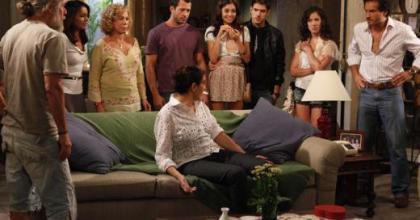 Pereirão vai até desmaiar com o retorno do ex-marido, Pereirinha, que apareceu em Fina Estampa; mas casamento?