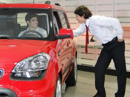 Fina estampa antenor compra carro com cheque de griselda for Carro compra moderno