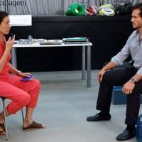 Protagonista Griselda (Lília Cabral) marca encontro com Guaracy (Paulo Rocha), mas René (Dalton Vigh) estraga tudo