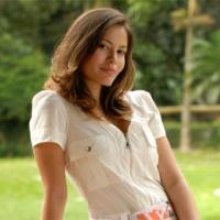 OsPaparazzi mostra fotos da atriz que intepreta Deborah na novela Fina Estampa, a gata Ana Carolina Dias; galeria!