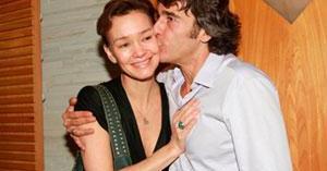 De acordo com informações do jornal 'Extra', casamento de Alexandre Borges e Julia Lemmertz está passando por crise