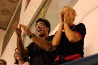 Xuxa e Luciano Szafir torcendo por Sasha no vôlei (Foto: Binho Dutra / Divulgação)