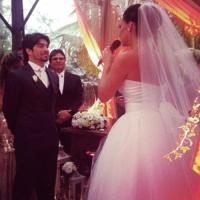 Atriz Camila Rodrigues se emociona em casamento evangélico realizado em Florianópolis