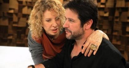 Ator assume namoro com Débora Falabella e diz estar 'praticamente casado'