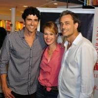 Noite de autógrafos do livro de Reynaldo Gianecchini reúne vários famosos em livraria no Rio