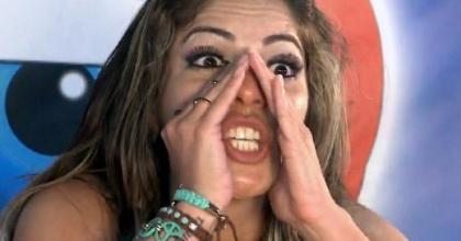 Quem saiu do BBB 13 foi Anamara. Eliminada, ela solta a língua nas redes sociais sobre Kamilla
