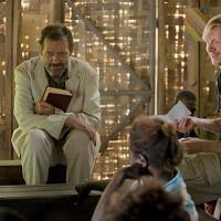 Famoso ator da série House, Hugh Laurie, está em novo filme de drama, sem data para o cinema
