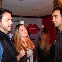 Vinicius Valverde, Kelly Maria e Jonas Almeida prestigiam restaurante japonês em São José dos Campos - SP