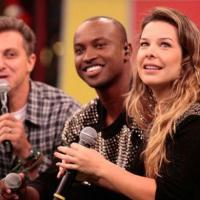 Com Angélica por perto, cantor pediu atriz em casamento no Dia dos Namorados