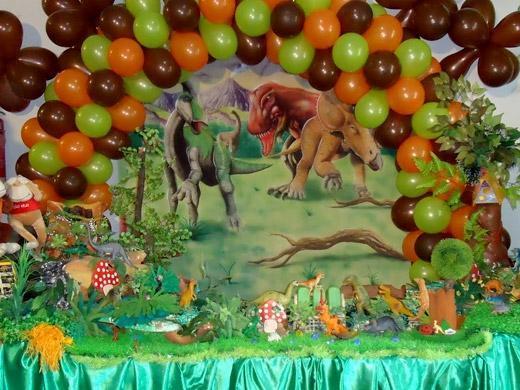 Festa de aniversário dinossauro