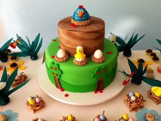 Festa de aniversário tema galinha pintadinha