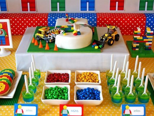Festa de aniversário tema Lego