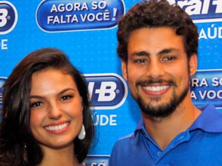 Cauã Reymond e Isis Valverde namorando