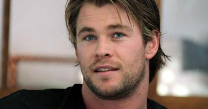 Acompanhe a biografia do ator Chris Hemsworth, o Thor do filme Os Vingadores