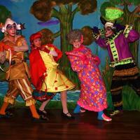 Teatro para as crianças: Chapeuzinho Vermelho Pela Estrada Afora