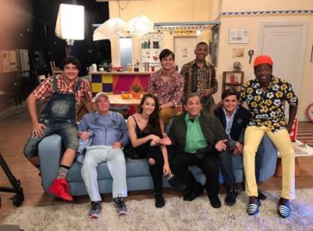 Yasmim Santana com novo elenco Trapalhões