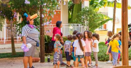 Mostramos qual seria o modelo ideal de recreação infantil para hotéis que recebem pais e filhos