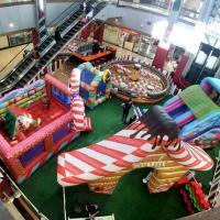 Parque novo para as crianças no Colinas Shopping em São José dos Campos