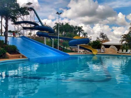 Hotel Villa Santo Agostinho Bragança Paulista crianças parque aquático
