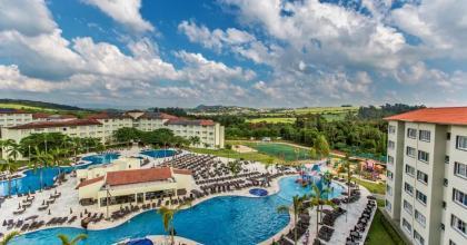Entenda como uma grande rede de hotéis se preparou para retomar as atividades com segurança; você já voltou a viajar com seus filhos?